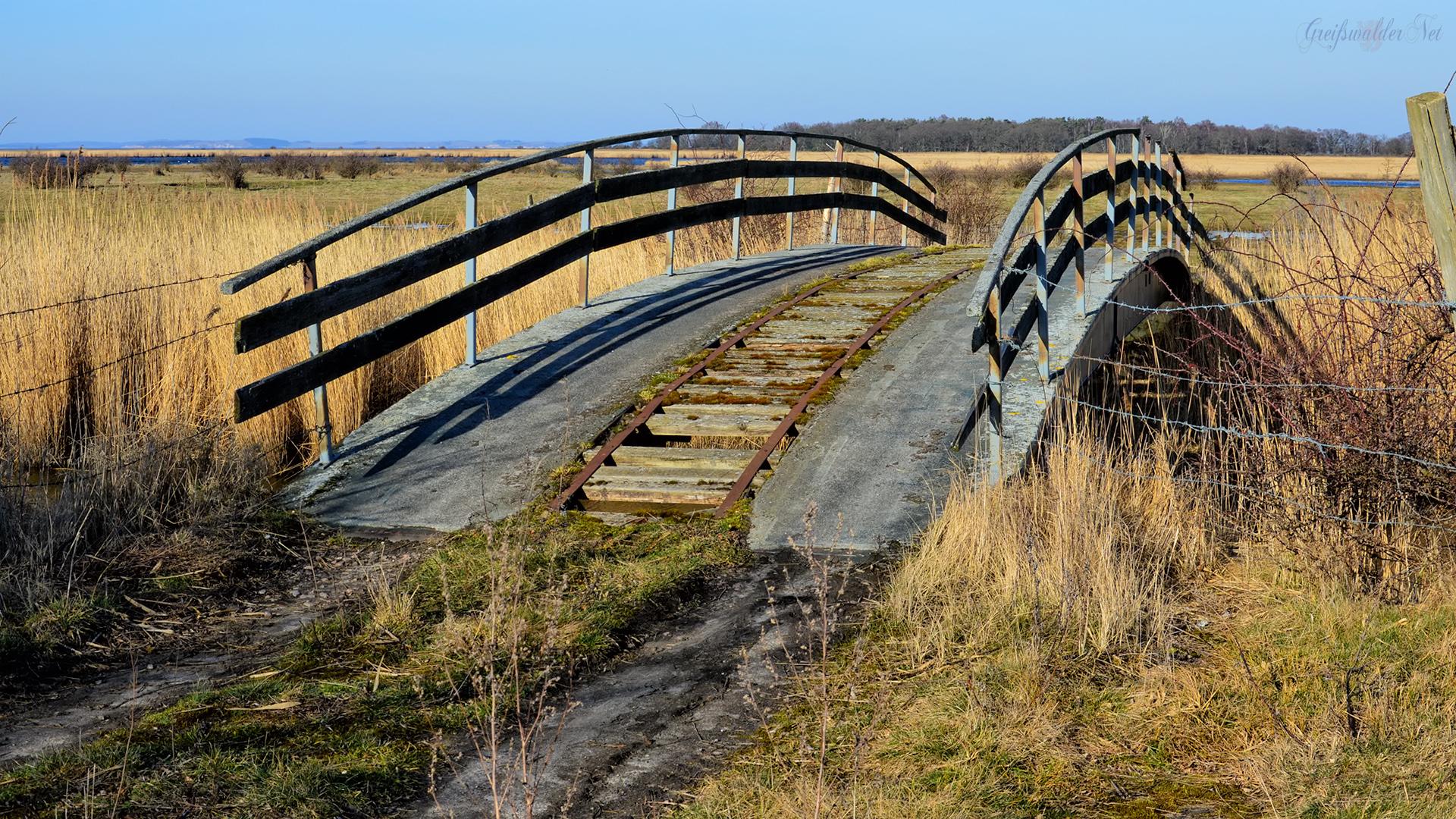 abenteuerliche Brücke