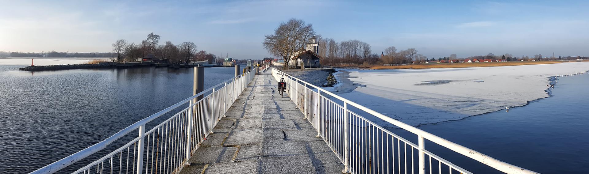 Winter an der Mole in Greifswald-Wieck