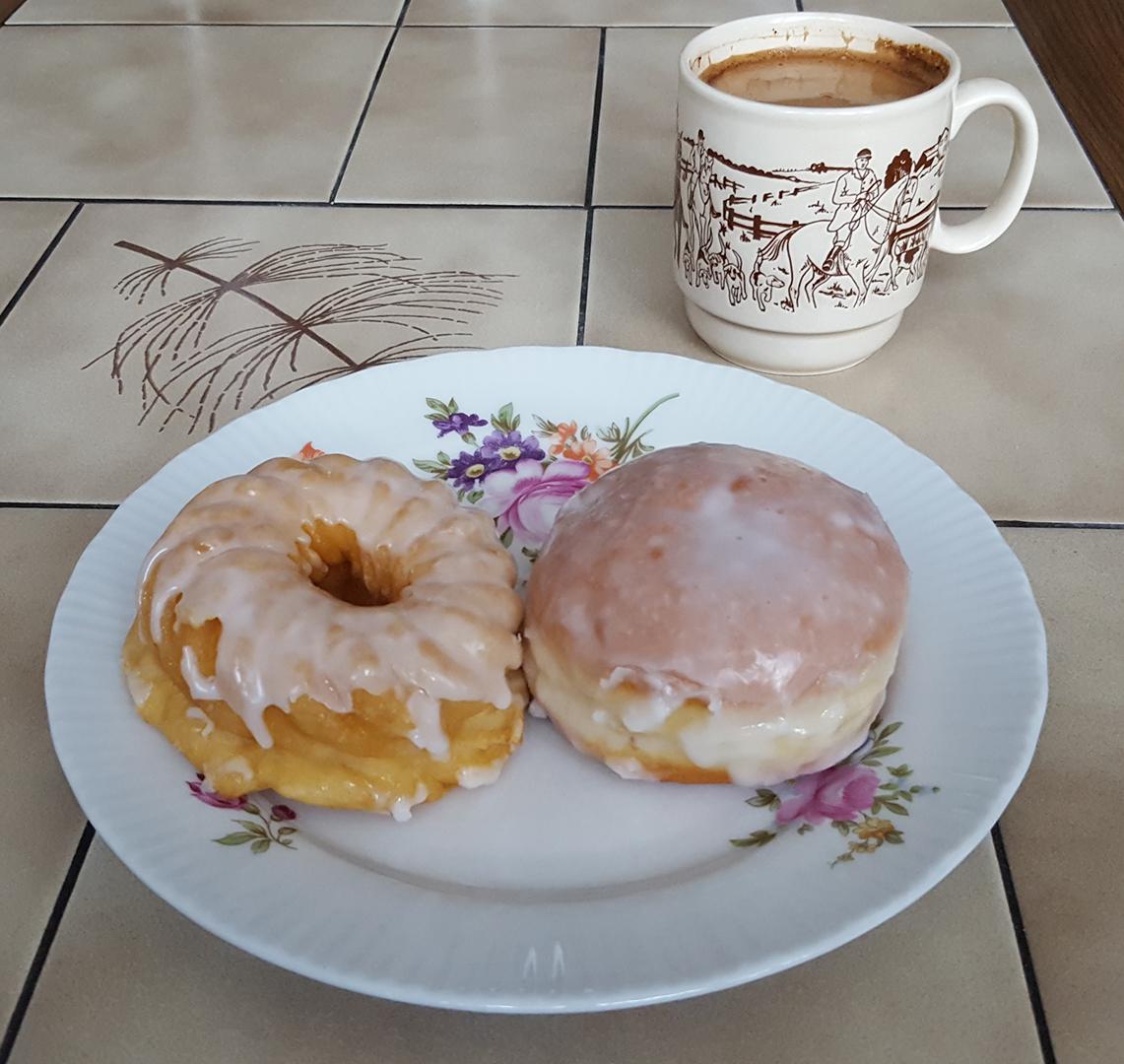 Kaffee und Kuchen am Nachmittag