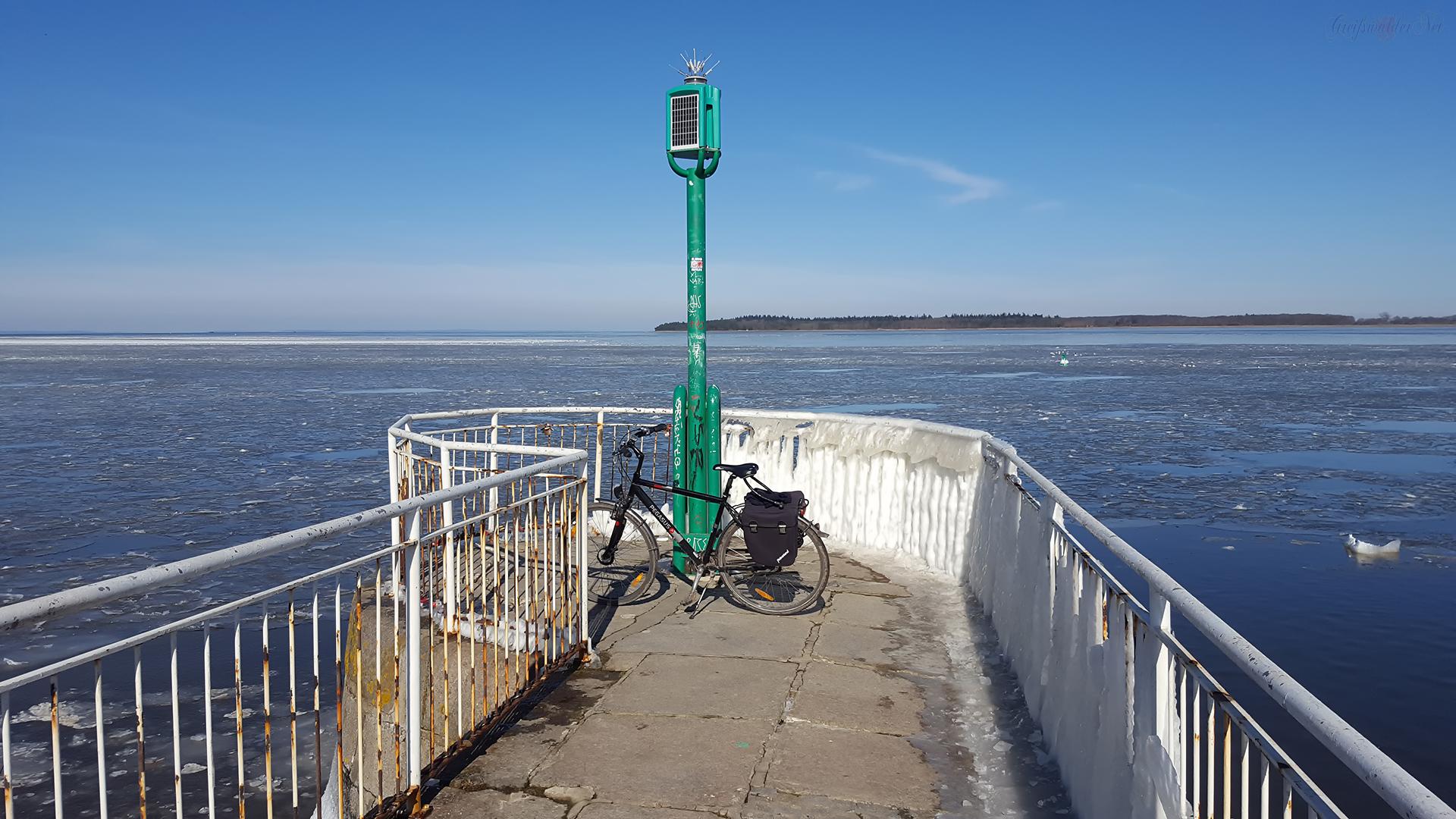 Eiszeit an der Mole in Greifswald-Wieck