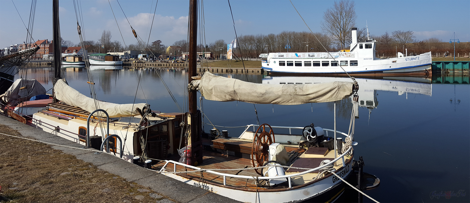 Frühlings-Sonntag am Museumshafen in Greifswald