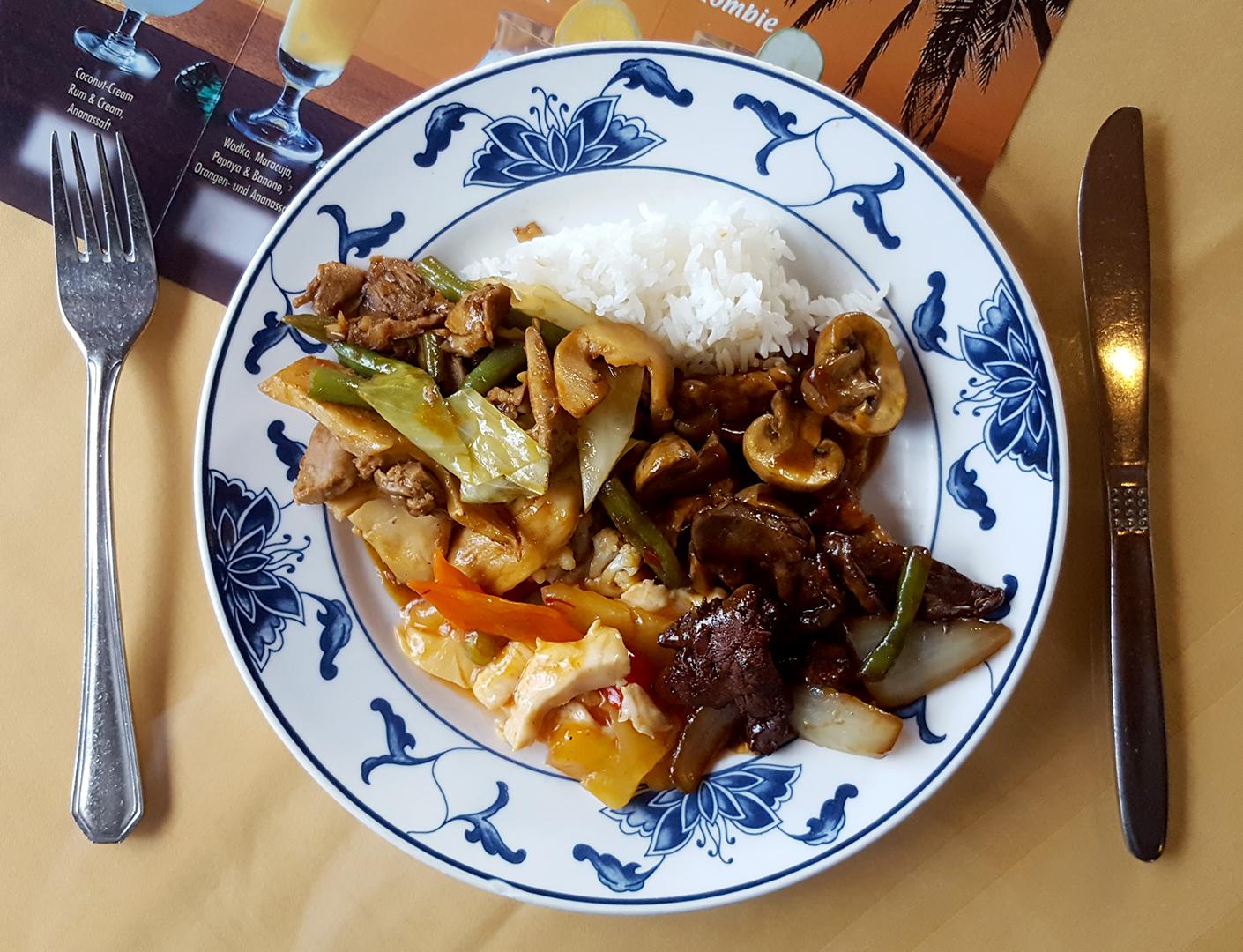 Abendessen - asiatische Spezialitäten