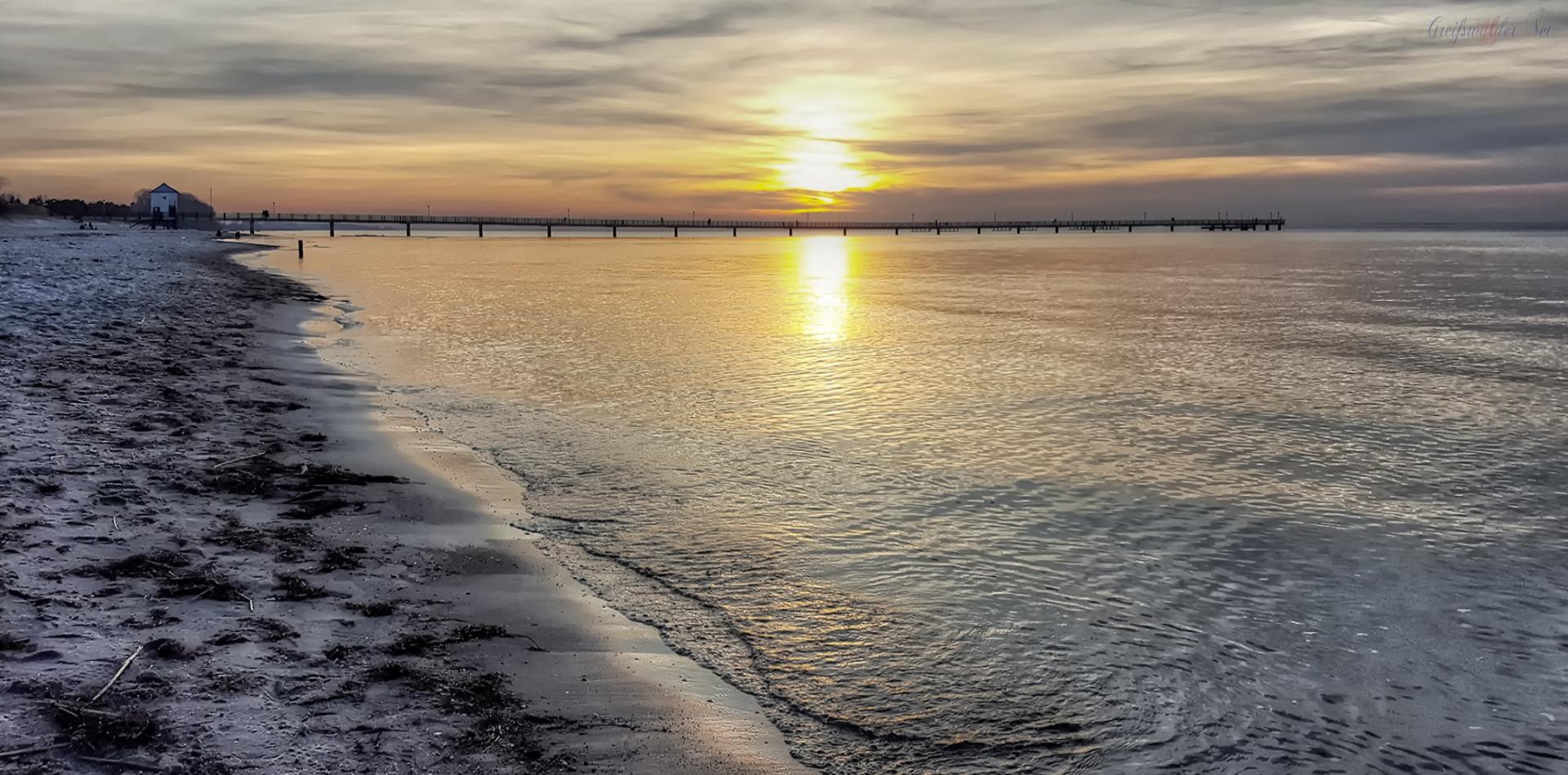 Sonnenuntergang am Strand im Seebad Lubmin