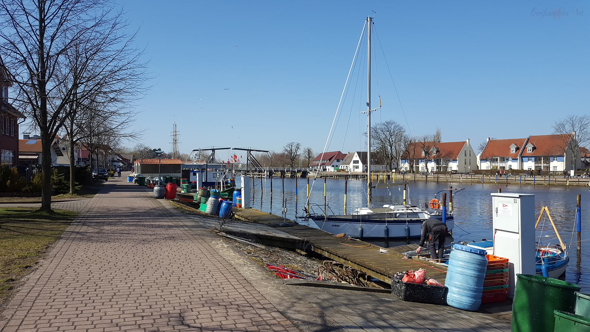 Frühlingssonne in Greifswald-Wieck