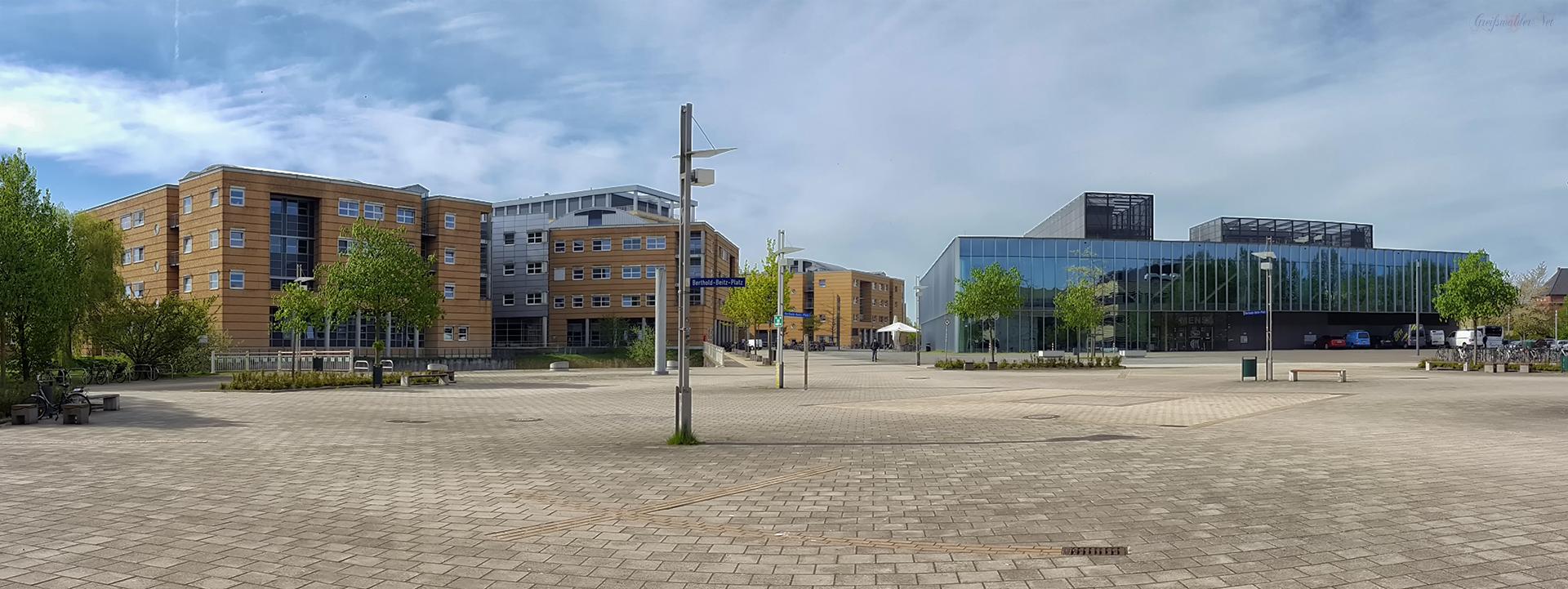 Berthold-Beitz-Platz, Greifswald - Klinikum und Mensa
