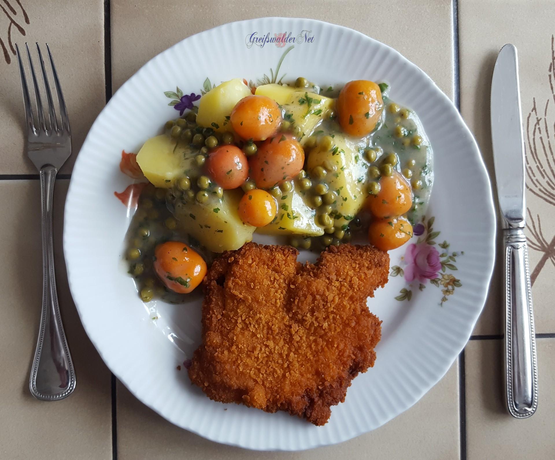 Hähnchenschnitzel mit Kartoffeln und Mischgemüse