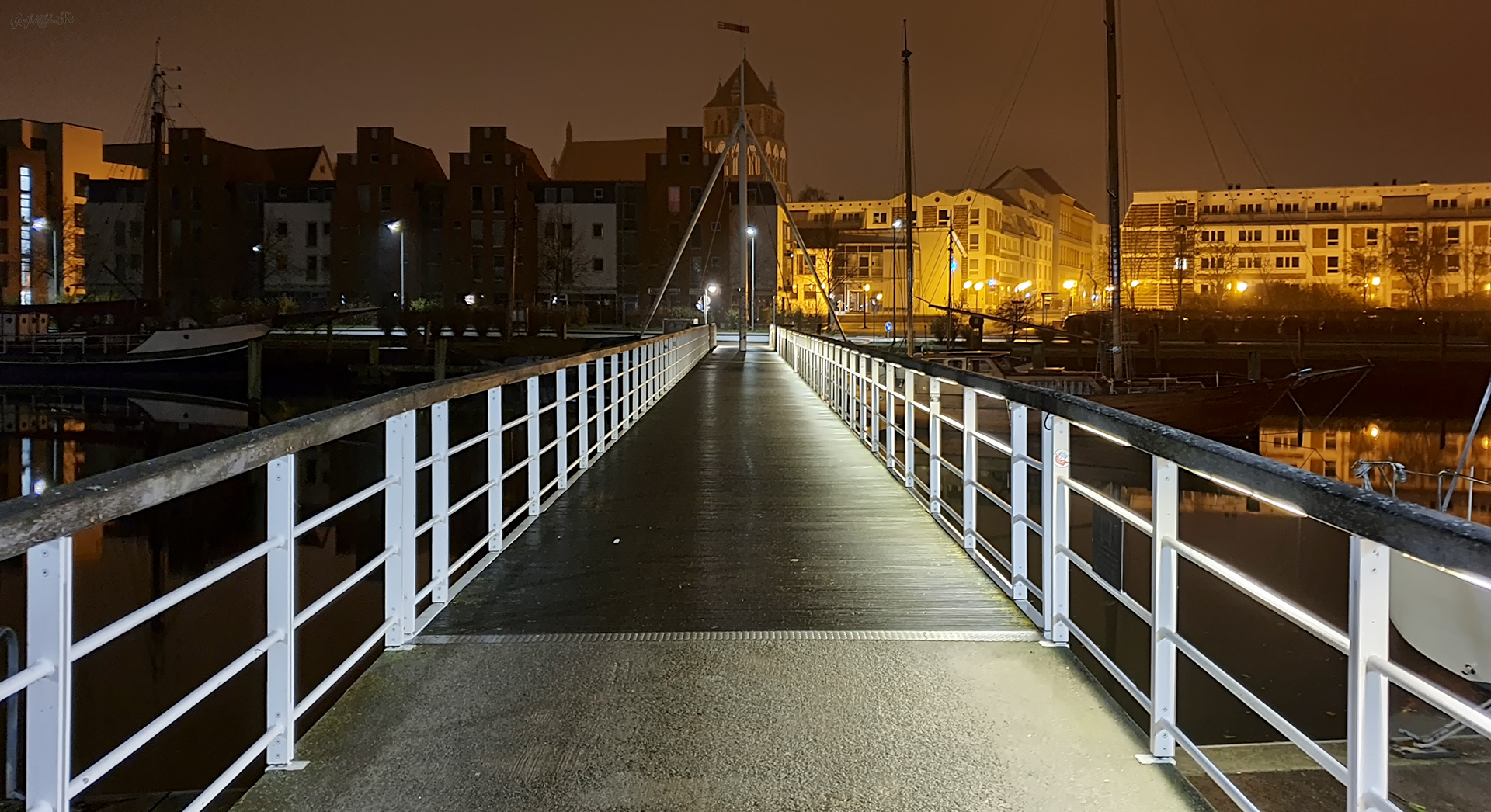 Museumshafen in Greifswald bei Nacht
