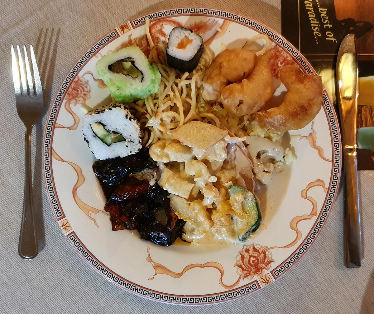 Mittagessen asiatisch