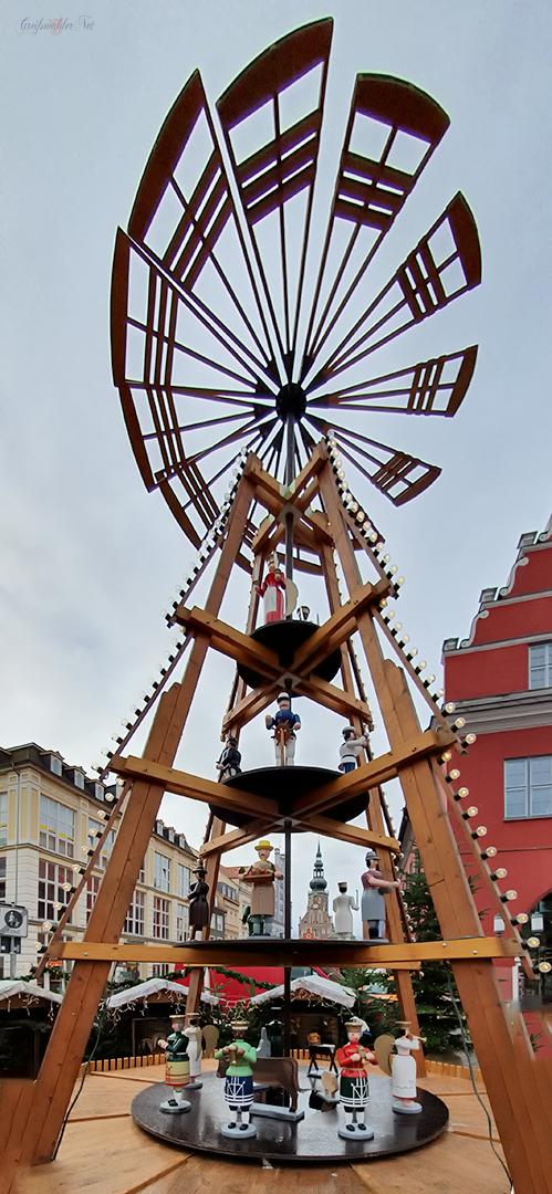 Pyramide auf dem Weihnachtsmarkt Greifswald