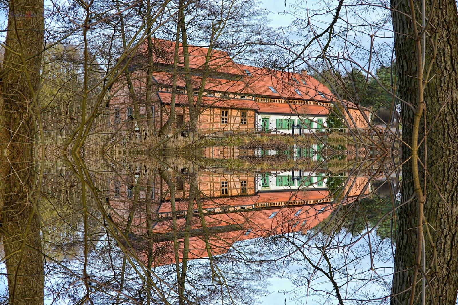 Spiegelung - Wassermühle Hanshagen