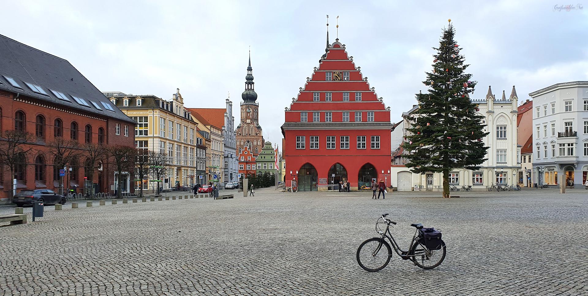 Heiligabend auf dem Marktplatz in Greifswald