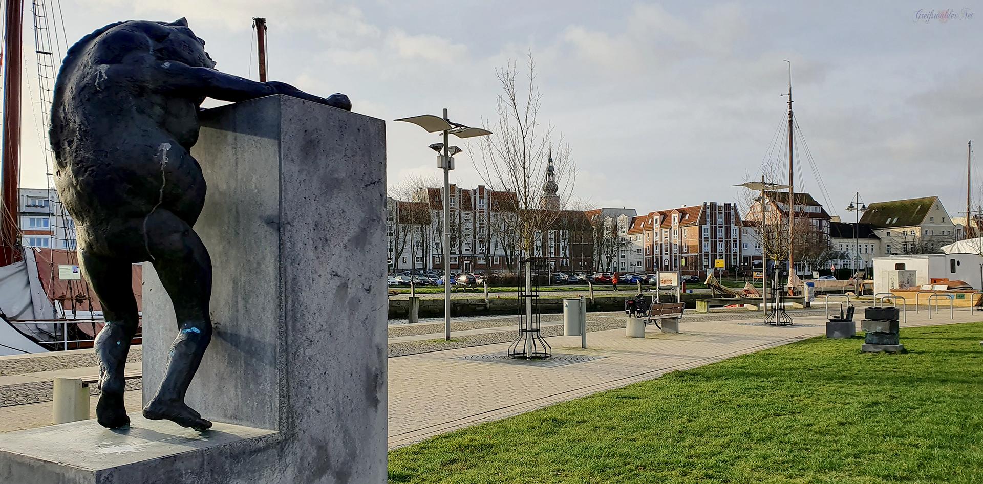Klabautermann am Museumshafen in Greifswald