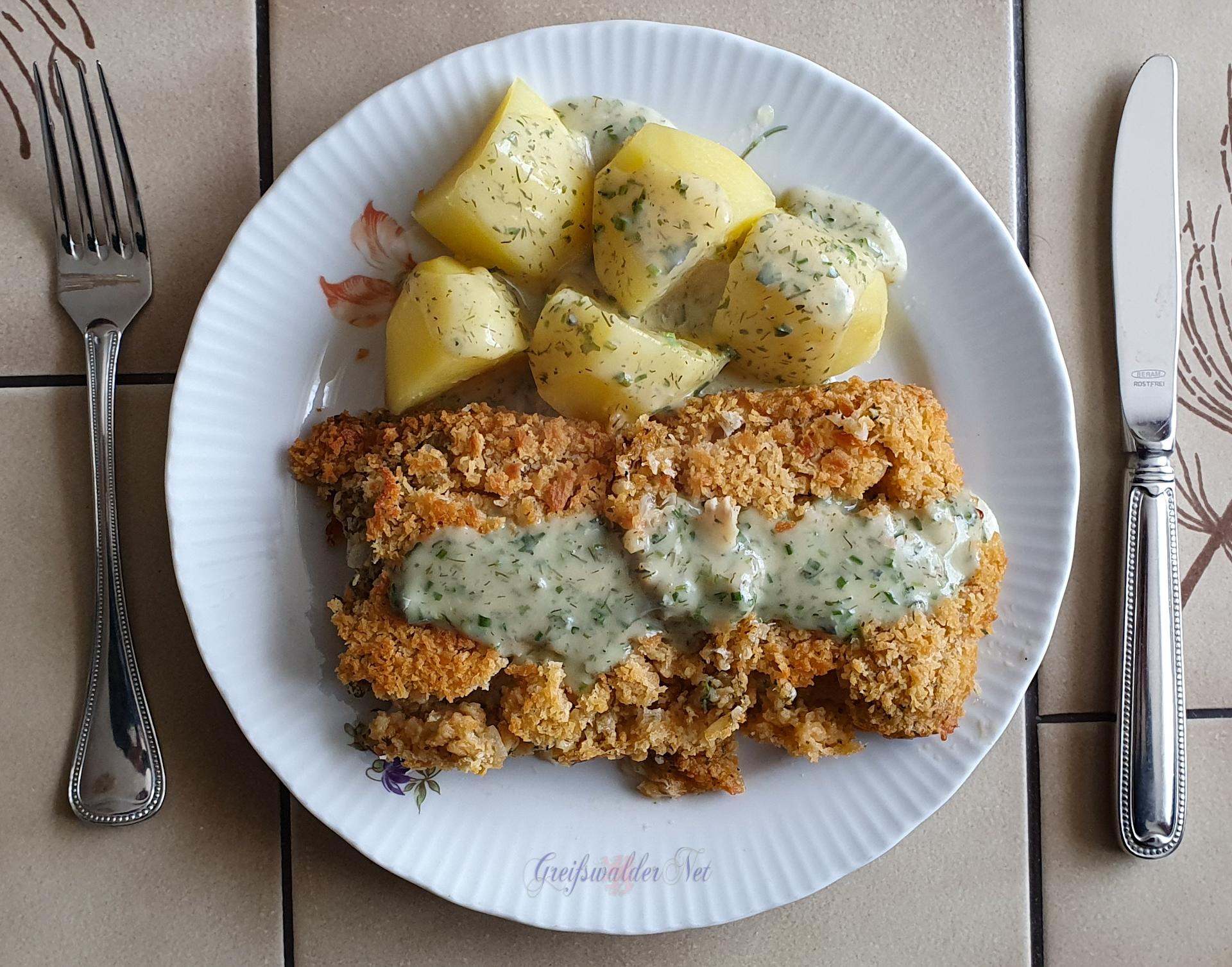 Schlemmerfilet à la Bordelaise mit Petersilienkartoffeln und Frühlingssoße (Blauschimmelkäse, Schnittlauch, Petersilie, Dillspitzen)