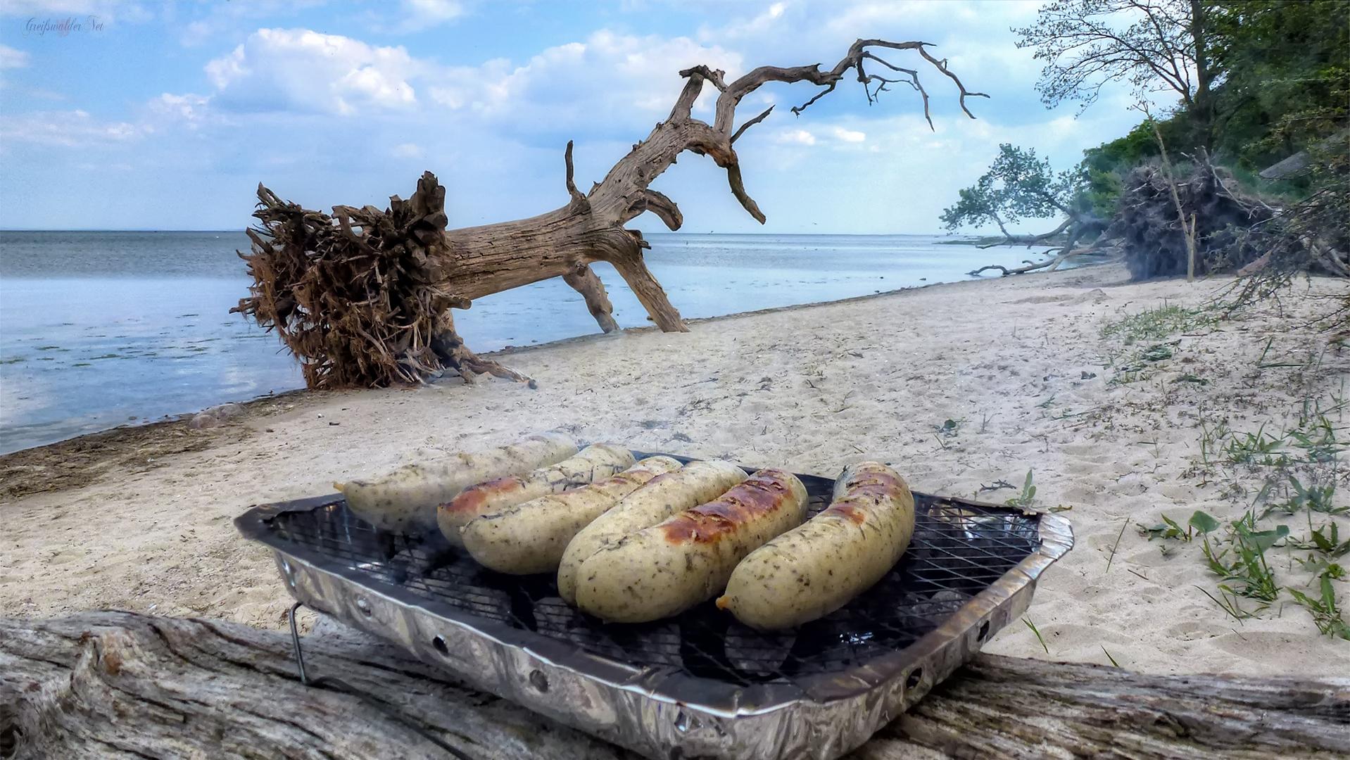 Grillabenteuer am Strand - Strand der Schlafende Bäume bei Loissin