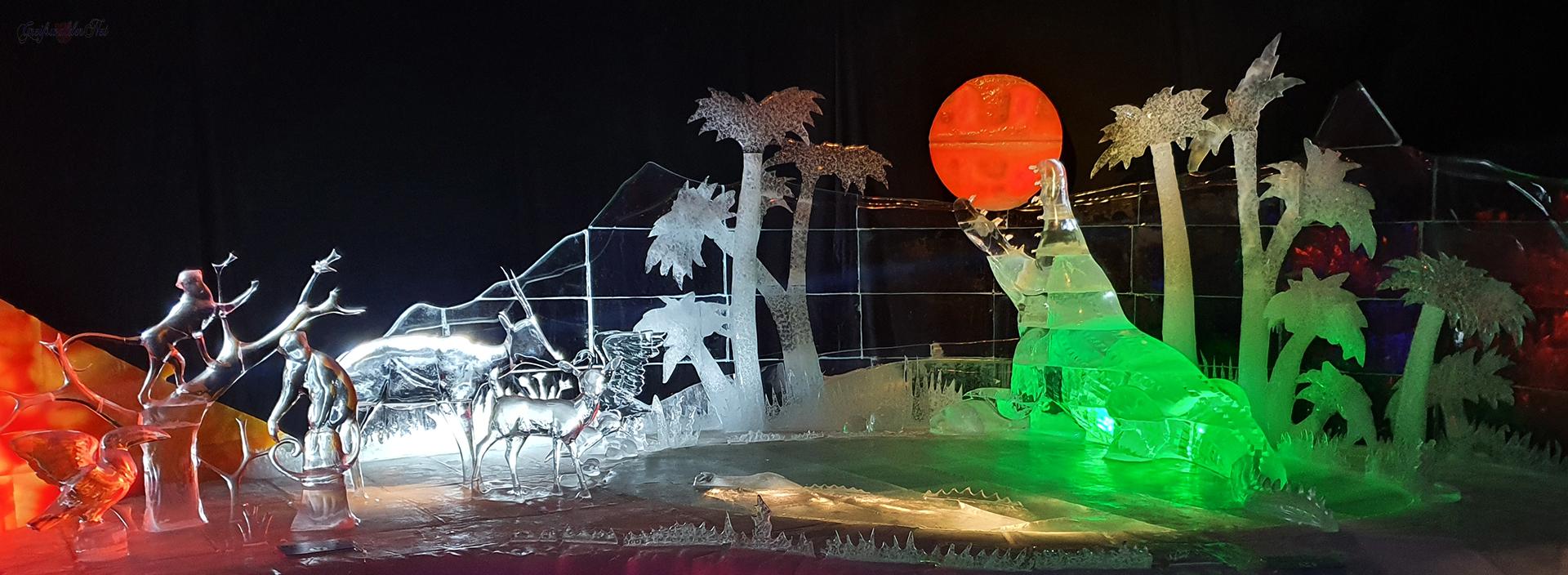 """Karls 17. Eiswelt. """"Afrika – Expedition zum Kilimanjaro"""", Eisskulpturen-Ausstellung im Erdbeerhof Rövershagen"""