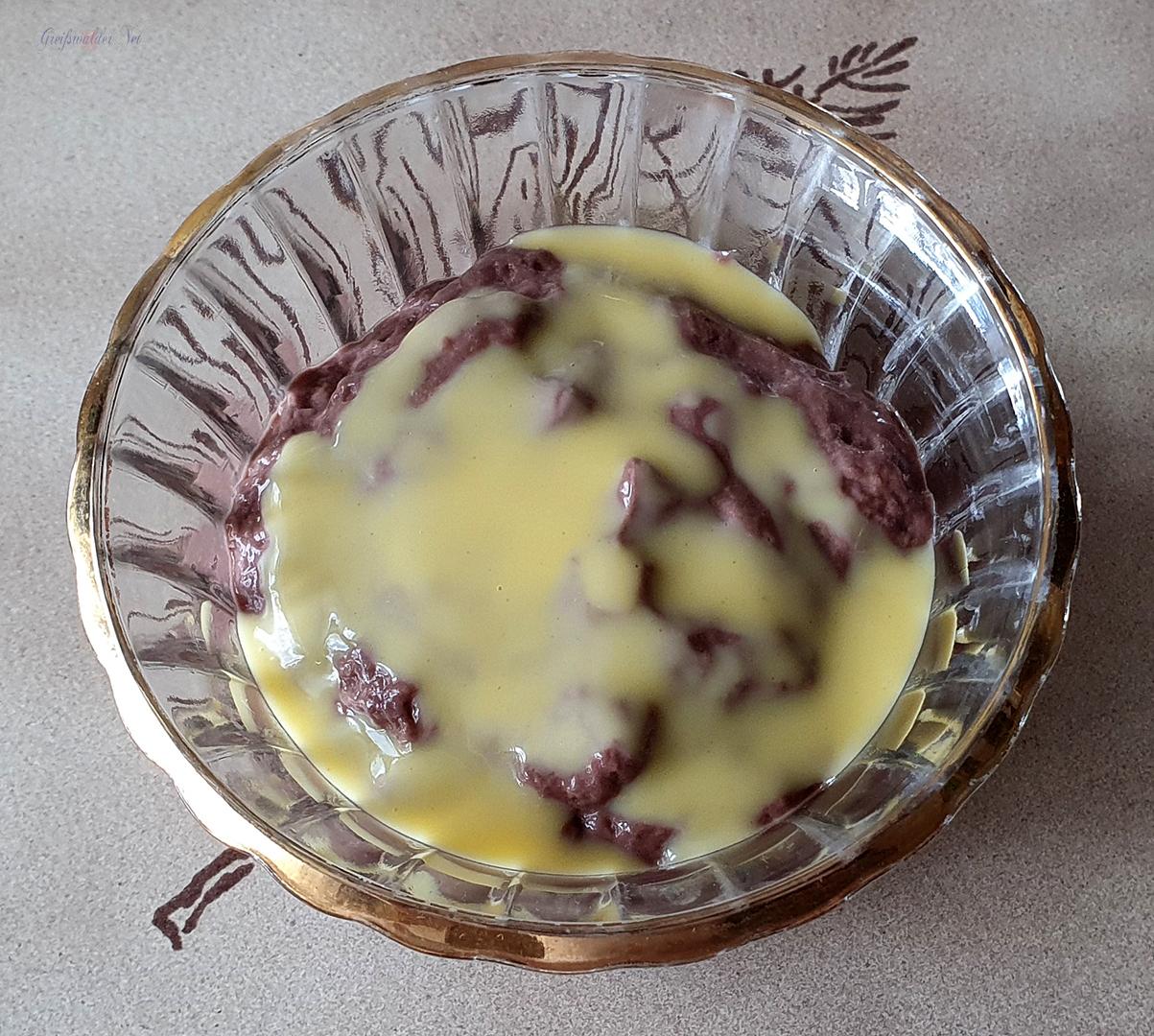 Schokoladenpudding mit Eierlikör