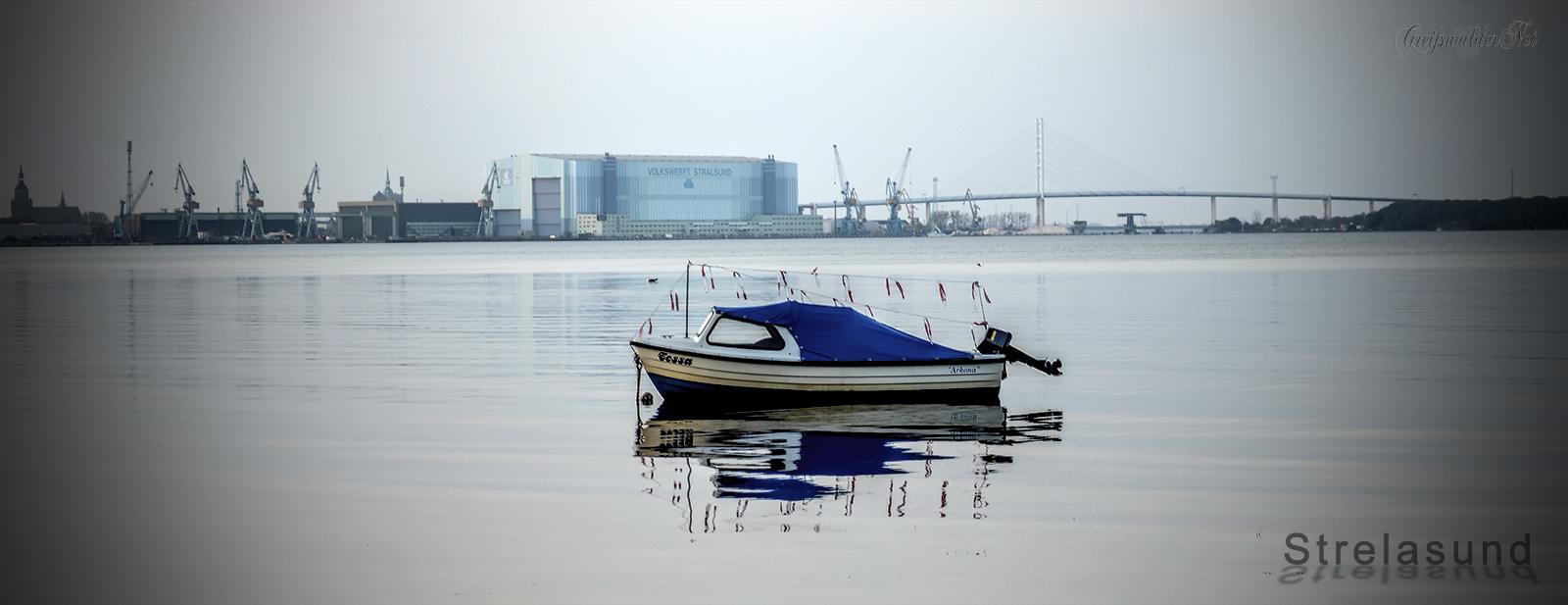 Boot auf dem Strelasund