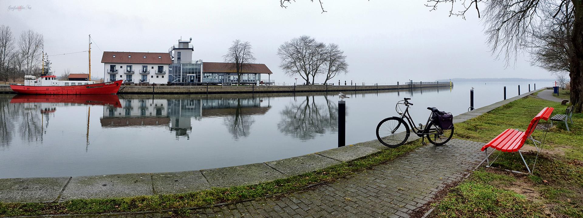 Regnerischer Sonntag in Greifswald-Wieck