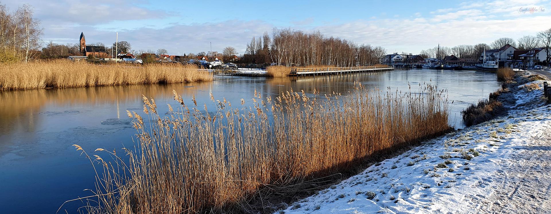 Sonnig frostiger Tag in Greifswald-Wieck
